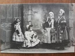 Costumes D'enfants De Pont L'abbé Et De Pluguffan.coiffes Costumes Bretons.poupée.édition Villard 1217 - Pont L'Abbe