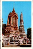 Thailand Bangkok Mondop And One Of Four Minor Phra-Prang Of Wat Aroon 1981 - Thailand
