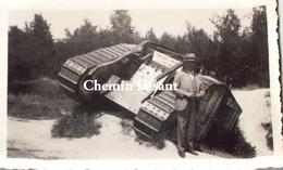 Photographie Originale D'un Char Militaire - Scans Recto-verso - War, Military