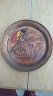 Fédération Nationale Des Anciens Combattants. Invalides. Cuivre. Section Dinant.  14/18. 14/68. - Cuivres
