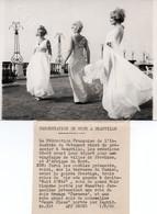 PRÉSENT DE MODE À DEAUVILLE ~ 1968 Press Black & White Photograph - Photographs