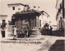 ALPUJARRA FONDON ALMERIA Fontaine 18 Septembre 1954 Photo Amateur Environ 7,5 Cm X 5,5 Cm ESPAGNE - Lieux
