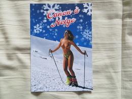 """CPM  Pin Up à Ski Seins Nus """" Canon à Neige """" - Pin-Ups"""