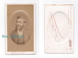 Photo Cdv D'un Homme Barbu, Rouflaquettes, Favoris, Photographe André Martin Flammarion, Moulins, Circa 1875, Bombée - Antiche (ante 1900)