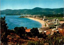 France Le Lavandou Vue d'ensemble la Plage et la Pointe du Gouro
