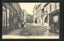 CPA Sceaux, Dans La Rue Houdan - Sceaux