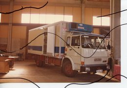 PHOTO COULEUR. CAMION REMORQUE IVECO - Automobiles