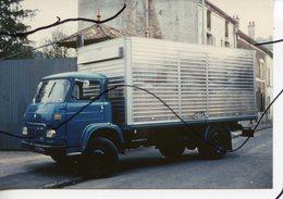 PHOTO COULEUR. CAMION SAVIEM - Automobiles