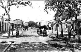 ALGERIE  - MARENGO  - LA DILIGENCE DANS LA GRANDE RUE    BB-907 - Autres Villes