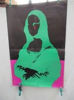 Affiche - Cieslewicz -1968 - Mona Lisa  - Pliée - 88 Cm Par 55 Cm - Petite Déchirure  En Bas  Sur 5 Cm Vendue  En L'état - Posters