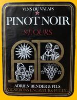 10680 - Pinot Noir St.Ours Adrien Bender Fully Valais Suisse - Etiquettes