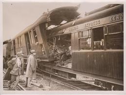 SIMPLON ORIENT EXPRESS CRASH DES GRANDS EXPRESS RESCA OLT RUMANIA  20*15CM Fonds Victor FORBIN 1864-1947 - Treni