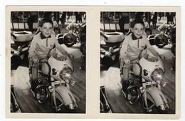 PHOTO Format CPA - Enfant Sur Un Manège - Moto Deluxe - Motorbikes