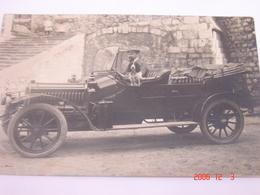 C.P.A.- Carte Photo. - Automobile Et Son Chien De Garde - Années 1910.1920 - SUP (BT 77) - Passenger Cars