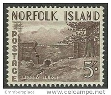 Norfolk Island  - 1953 Bloody Bridge 5/- MNH **   SG 18  Sc 18 - Norfolk Island