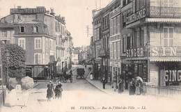 Verdun (55) - Rue De L'Hôtel De Ville - Verdun