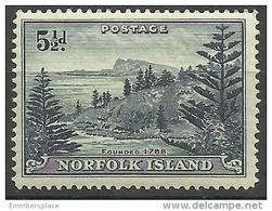 Norfolk Island - 1947 Ball Bay  5-1/2d  MH *  SG 8 Sc 8 - Norfolk Island