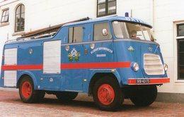 Véhicules Pompiers -  Le Camion Bleu Des Pompiers De La Brasserie Bavaria (Hollande)  -  CPM - Camions & Poids Lourds
