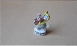 Fève 1997 Alice Aux Pays Des Merveilles Le Lapin Blanc (T 838) Fève Mate - Personnages
