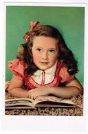 Portrait Of Little Girl Reading A Book, Village D'enfants De France, Ed. Superluxe Paris (pk59683) - Portraits