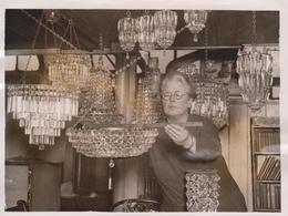 LUSTER LIGHTS FOR RAJAHS KENSINGTON COLLECTOR CHANDELIERS  INDIAN RAJAHS  20*15CM Fonds Victor FORBIN 1864-1947 - Profesiones