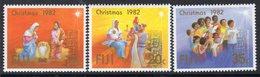 Fiji 1982 Christmas Set Of 3, Hinged Mint, SG 647/9 (BP2) - Fiji (1970-...)