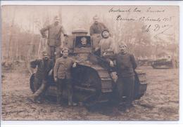 77 - CPA-Photo - BOURRON - Militaires - Tank - Décembre 1918 - France