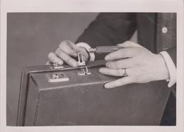 LOCKSBY THE HANDLE NOVEL ATTACHE    16*12CM Fonds Victor FORBIN 1864-1947 - Fotos