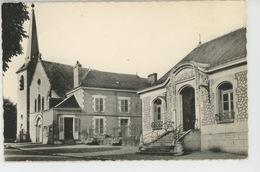 FLEURY LES AUBRAIS - Place De La République - La Mairie Et L'Eglise - Autres Communes