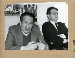 Photo Originale L'amiral  SANGUINETTI  Et  MICHEL BLUM  Président De La  FIDH   En 1984 - Guerra, Militares