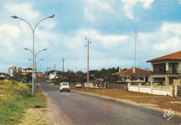 40 Mimizan L'Entrée De Mimizan Plage Avec Ses Belles Villas Avec Automobile Citroën 2CV (2 Scans) - Mimizan Plage