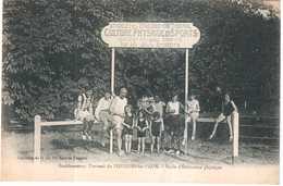 CPA NIEVRE.ETABLISSEMENT THERMAL.STADE D'EDUCATION PHYSIQUE - Pougues Les Eaux