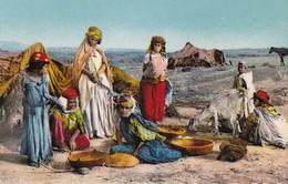 SCENES ET TYPES D'AFRIQUE DU NORD - Un Groupe De Nomades - Escenas & Tipos
