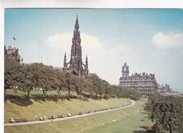 1970'S CPA- THE SCOTT MONUMENT AND THE NORTH BRITISH HOTEL THE EAST PRINCES STREET GARDENS, EDINBURGH. DIXON - BLEUP - Midlothian/ Edinburgh
