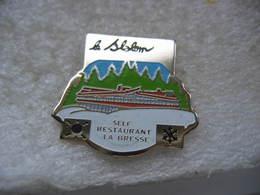 """Pin's """"Le Slolom"""",  Self-Restaurant De La Station De Ski De La Bresse Dans Les Vosges - Invierno"""
