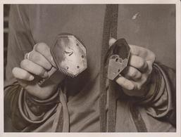 BRITISH INDUSTRIES FAIR WHITE CITY  SEVEN DAYS RAZOR  INVENTION 20*15CM Fonds Victor FORBIN 1864-1947 - Fotos