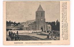 AFR-1235   BASUTOLAND : Sortie De La Cathedrale De Roma Apres Le Baptisme - Lesotho
