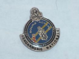 Pin's GENDARMERIE NATIONALE DE BOURG ACHARD - Polizei