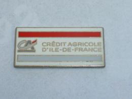 Pin's BANQUE CREDIT AGRICOLE D ILE DE FRANCE - Banks