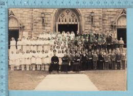 Magog Quebec - Photo, Groupe De Premieres Communions Devant  L'Eglise St-Patrice - Non Classés