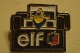 Pin's VOITURE F1 FORMULE ELF - Carburants