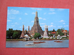 Wat Aroon Temple Of Dawn Bangkok Thailand   Ref 3429 - Thailand