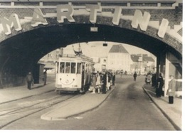 Gent Foto Tram Aan Dampoort 13,5 Cm X 9 Cm Achterzijde Staat Stempel FRANK VAN NEVELE - Vieux Papiers