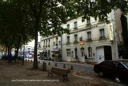 Chinon (37)- Place Jeanne D'Arc (Edition à Tirage Limité) - Chinon