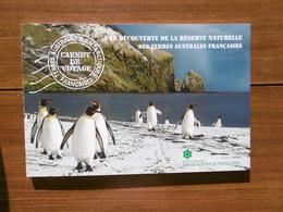 TAAF 2017   CARNET    A LA DECOUVERTE DE LA RESERVE NATURELLE DES TERRES AUSTRALES FRANCAICES - Booklets