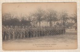 9AL1585 Nos Fidèles Alliés RUSSES En Campagne LA PRESENTATION DES ARMES  2 SCANS - Guerre 1914-18