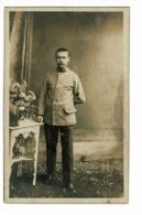 Carte Photo Studio Wilhelm Dörr, Eiserfeld - Militaire Du 94e RI, Prisonnier - 22 Juillet 1917 - Militares