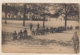9AL1588 Nos Fidèles Alliés RUSSES En Campagne INFANTERIE PREPARANT UNE ATTAQUE DE TRANCHEES ENNEMIES 2 SCANS - War 1914-18