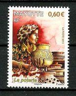 MAYOTTE 2011  N° 260 ** Neuf MNH Superbe Artisanat Poterie Femme Costume Women Suit - Mayotte (1892-2011)