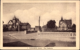 Cp Fargniers Aisne, Blick In Die Rue Faidherbe, Häuser, Straßenpartie - France